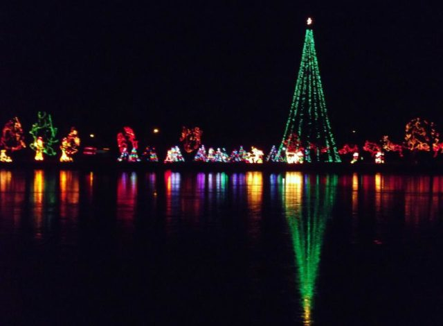 COL Lights on the Lake